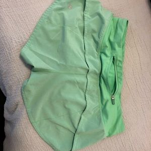 Lululemon size 4 speed up shorts